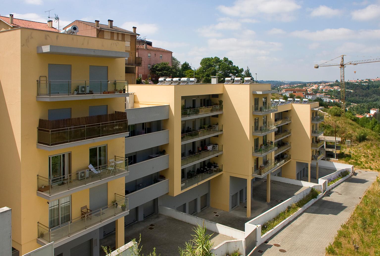 Residential Building Santo António dos Olivais