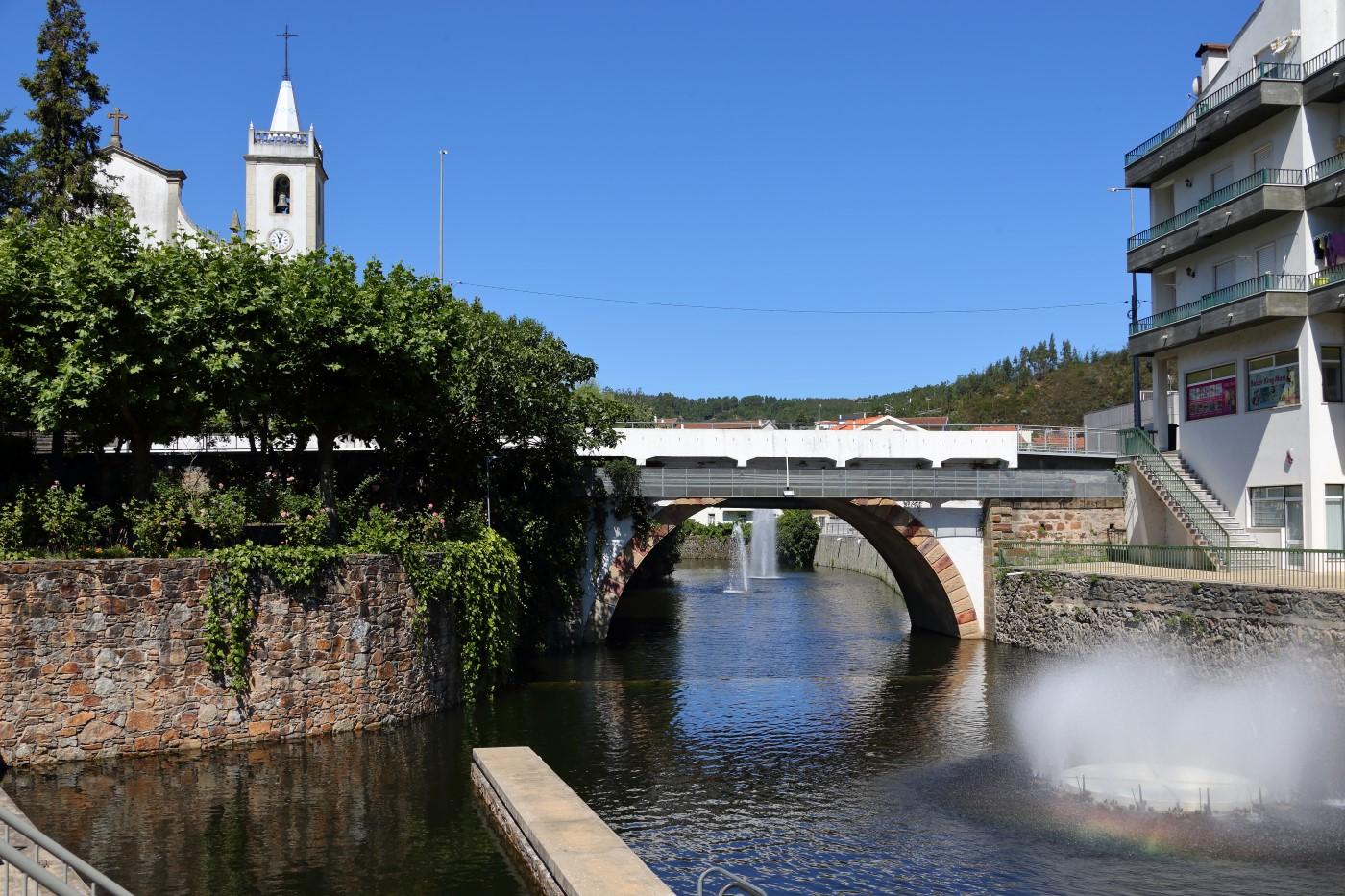 Seasonal dam at Pampilhosa da Serra