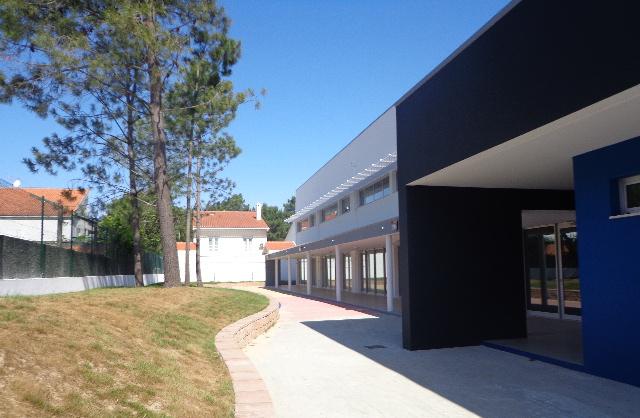EB1/J1 School